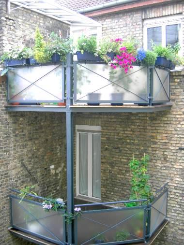 TerrassenUberdachung Holz Ludwigshafen ~ Balkon aus Stahl und Holzkonstruktionen mit verschiedenen